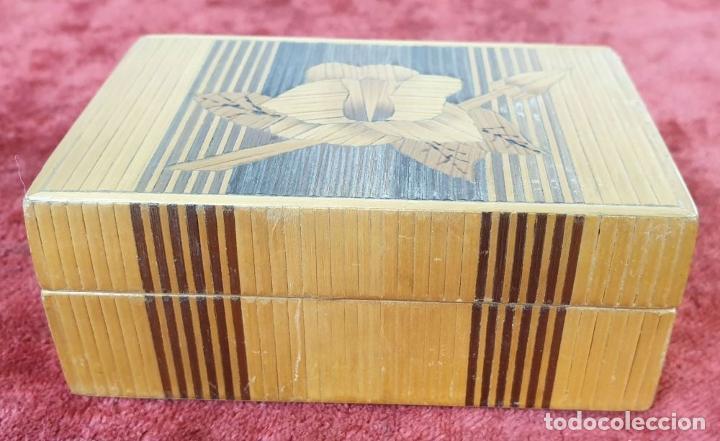 Puzzles: CAJA DE CAUDALES, CAJA Y 3 PUZZLES. MADERA TALLADA. SIGLO XIX-XX. - Foto 7 - 187151320