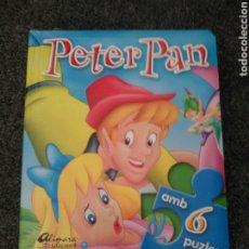Puzzles: CUENTO + PUZZLE PETER PAN. EN IDIOMA CATALÁN.. Lote 189745418