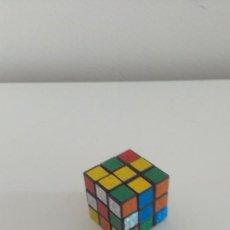Puzzles: MINI CUBO DE RUBIK. Lote 210817091