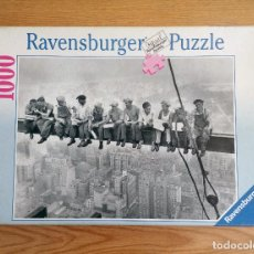 Puzzles: PUZZLE 1000 PIEZAS RAVENSBURGER – LUNCHTIME 1932.. Lote 222106625