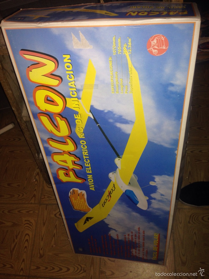 AVION FALCON TELEDIRIGIDO (Juguetes - Modelismo y Radiocontrol - Radiocontrol - Aviones y Helicópteros)