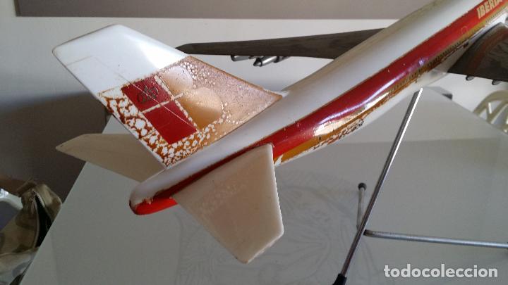 Radio Control: ANTIGUO AVIÓN DE AGENCIA DE VIAJES BOEING 747 IBERIA ESCALA 1/100 - Foto 2 - 189105390