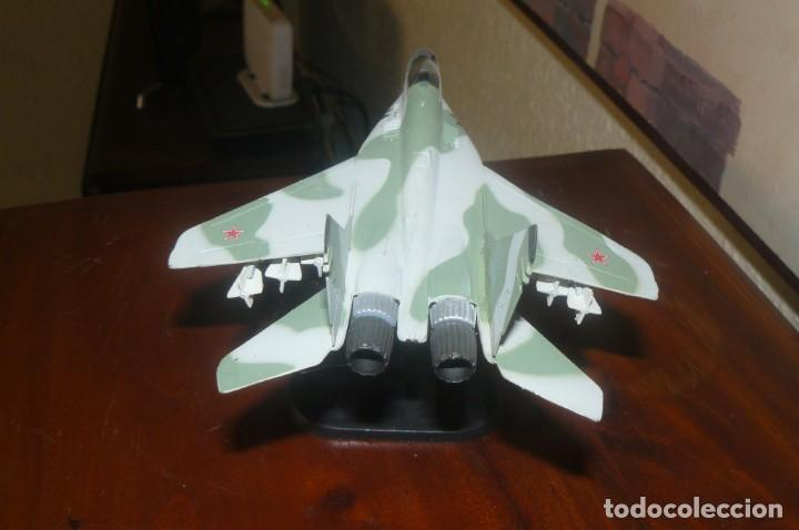 Radio Control: Maqueta de un caza Sukhoi SU-47 (S-37) - Foto 4 - 131647950
