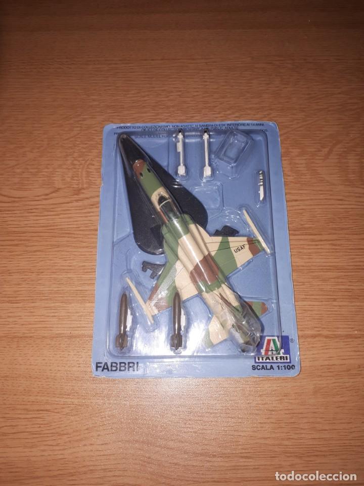 AVION DE COMBATE ESCALA 1/100 FABBRI TIGER II (Juguetes - Modelismo y Radiocontrol - Radiocontrol - Aviones y Helicópteros)