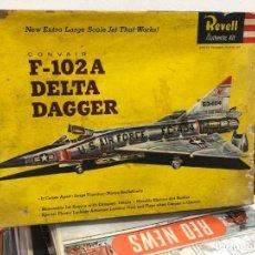 Radio Control: MAQUETA SIN MOTAR CON INSTRUCCIONES Y PEGATINAS AVION F-102A DELTA DAGGER FABRICADO POR REVELL. Lote 171610605