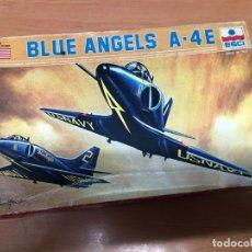 Radio Control: MAQUETA AVION BLUE ANGLES A-4 E NUNCA MONTADO ESCALA 1/72 MARCA ESCI. Lote 172151212