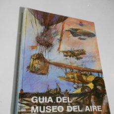 Radio Control: ANTIGUO LIBRO - GUIA DEL MUSEO DEL AIRE. Lote 207832585
