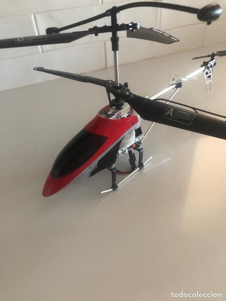 Radio Control: 3 helicópteros, no tienen mandos pero son muy buenos . Se venden para piezas - Foto 2 - 244666485