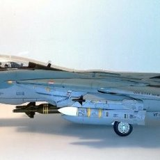 "Radio Control: GRUMMAN F 14 A ""BOMCAT"". Lote 271696353"
