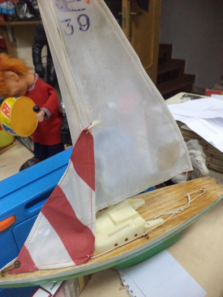 Radio Control: Velero balandro navegable de Esteban Giner - Denia.Años 50 o 60.Madera y metal. - Foto 5 - 109445943
