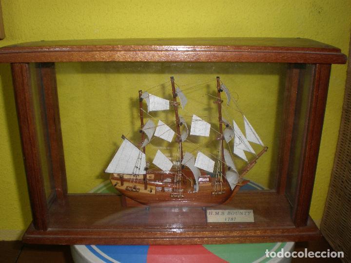 MAQUETA DE BARCO H.M.S BOUNTY 1787,EN URNA. (Juguetes - Modelismo y Radiocontrol - Radiocontrol - Barcos)