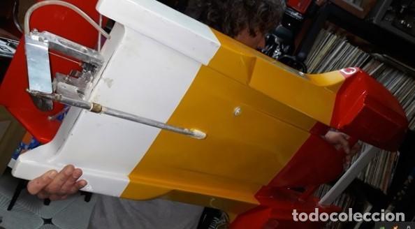 Radio Control: LANCHA R/C..Turbo.125 x 62 centimetros. Gran tamaño. ( OJO ).Motor gasolina de 56 cm3.Competicion. - Foto 7 - 208857055