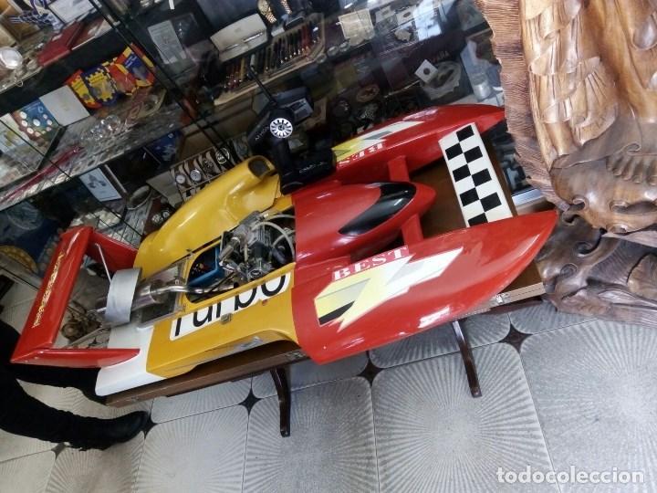 Radio Control: LANCHA R/C..Turbo.125 x 62 centimetros. Gran tamaño. ( OJO ).Motor gasolina de 56 cm3.Competicion. - Foto 2 - 208857055