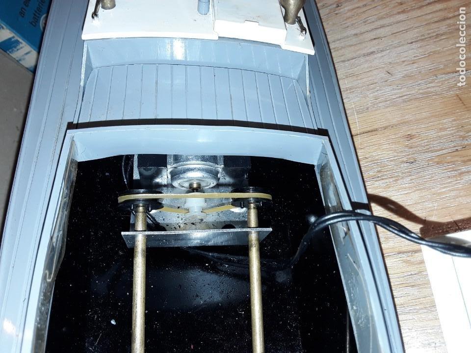 Radio Control: Lancha R.A.F. Twin Screw Crash Tender años 60, G & R, England, funcionando. - Foto 3 - 222487496