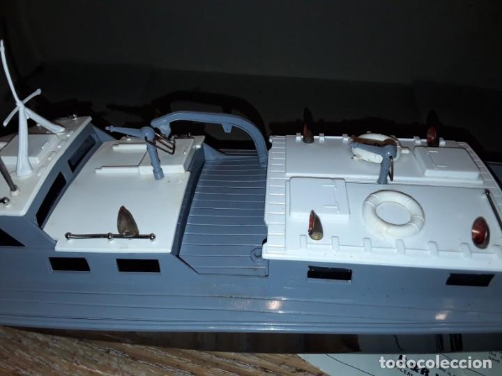 Radio Control: Lancha R.A.F. Twin Screw Crash Tender años 60, G & R, England, funcionando. - Foto 5 - 222487496