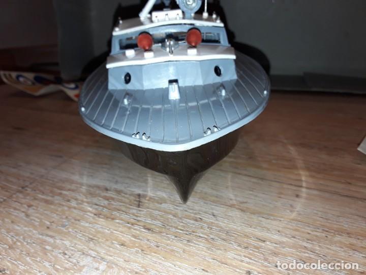 Radio Control: Lancha R.A.F. Twin Screw Crash Tender años 60, G & R, England, funcionando. - Foto 12 - 222487496