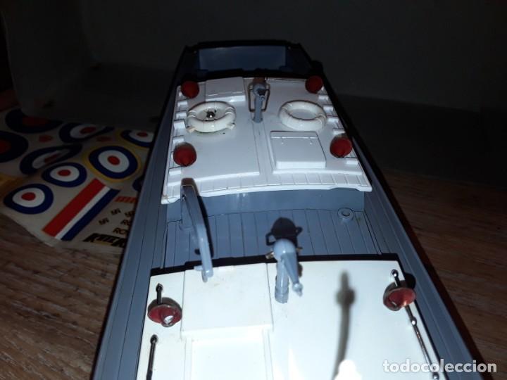 Radio Control: Lancha R.A.F. Twin Screw Crash Tender años 60, G & R, England, funcionando. - Foto 14 - 222487496