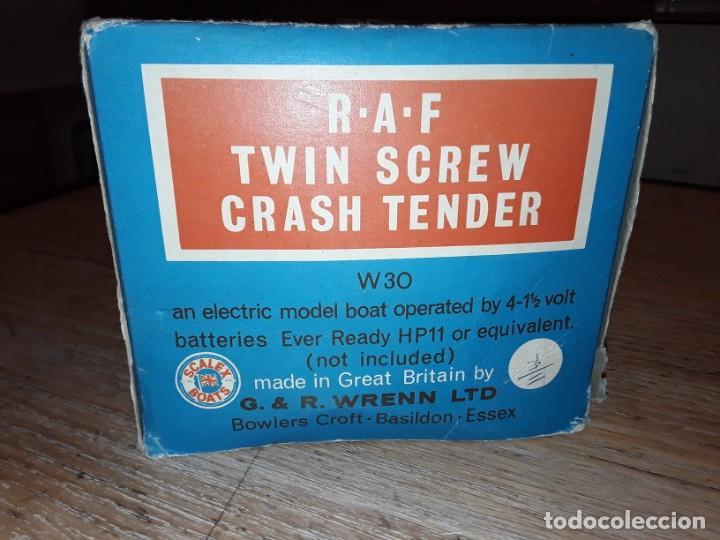 Radio Control: Lancha R.A.F. Twin Screw Crash Tender años 60, G & R, England, funcionando. - Foto 23 - 222487496