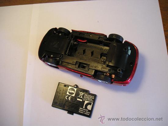 Radio Control: Compartimiento de las pilas del vehículo, son dos AA. - Foto 4 - 27336887