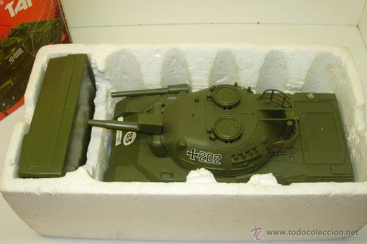 Radio Control: Antiguo tanque radio control RC GERMAN LEOPARD TANK escala 1/32 Oceanic Japan 1978 - Foto 2 - 44704684