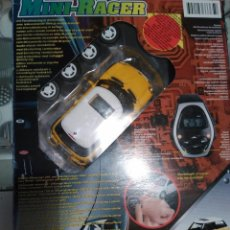 Radio Control: 2001 MINI COOPER MINI RACER COCHE TELEDIRIGIDO POR RELOJ EN CAJA. Lote 113816954