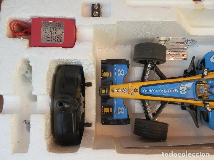 Radio Control: COCHE DE CARRERAS DE FERNANDO ALONSO RENAULT F1 TEAM. NIKKO. ESC 1:10 - Foto 3 - 249441620
