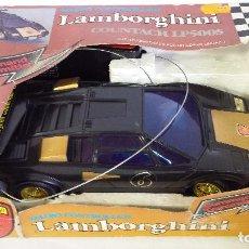 Radio Control: RARO LAMBORGHINI COUNTACH LP500S RADIO CONTROL - FUNCIONANDO. Lote 89609480