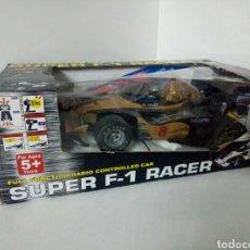 Radio Control: A ESTRENAR! SUPER F1 RACER DORADO COCHE RADICONTROL CAJA DAÑADA MEDIDAS 35X17CMS. Lote 106927088