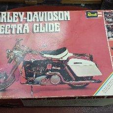 Rádio Controlo: MAQUETA MOTO HARLEY DAVISON ELECTRA GLIDE DE REVELL PLASTICO ESCALA 1:8. Lote 127490579