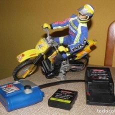 Radio Control: MOTO RC SUZUKI RM250. NUEVA EN SU CAJA ORIGINAL. TAIYO, BIZAK. . Lote 127960111