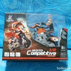 Radio Control: MOTO COMPETITIVE 1/R CON BATERIA Y MANDO , ESCALA 1:43. Lote 149445682