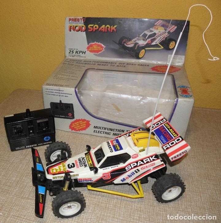 Radio Control: VINTAGE 80s RADIO REMOTE CONTROL ROD SPARK OFF-ROAD BUGGY CAR NEW IN BOX -NO FUNCIONA- TR 832 PRESTO - Foto 3 - 162970400