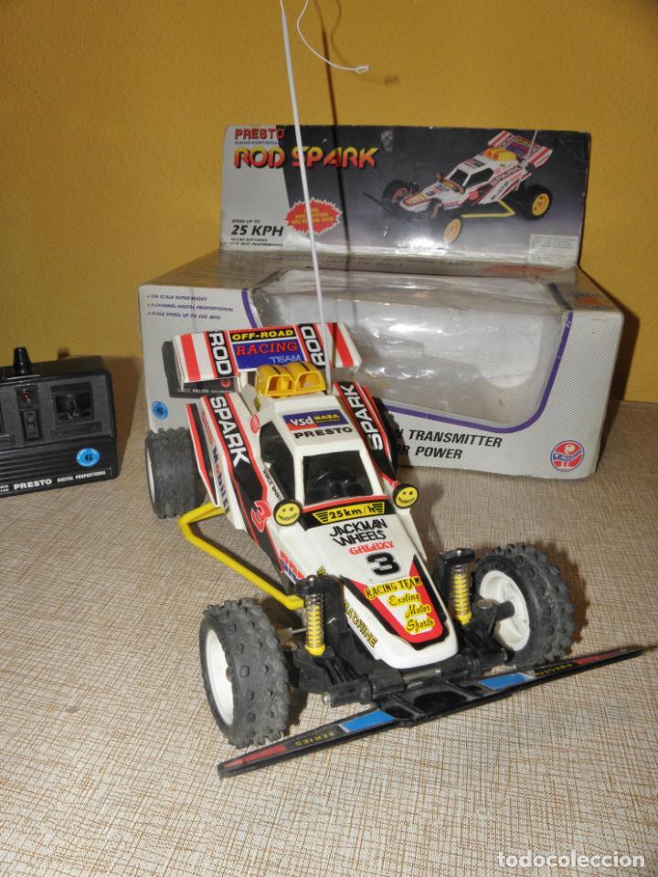 Radio Control: VINTAGE 80s RADIO REMOTE CONTROL ROD SPARK OFF-ROAD BUGGY CAR NEW IN BOX -NO FUNCIONA- TR 832 PRESTO - Foto 9 - 162970400