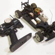 Radio Control: COCHE TELEDIRIGIDO KYOSHO Y MANDO PERFEX KT-2 - MOTOR GASOLINA RADIOCONTROL. Lote 159725074
