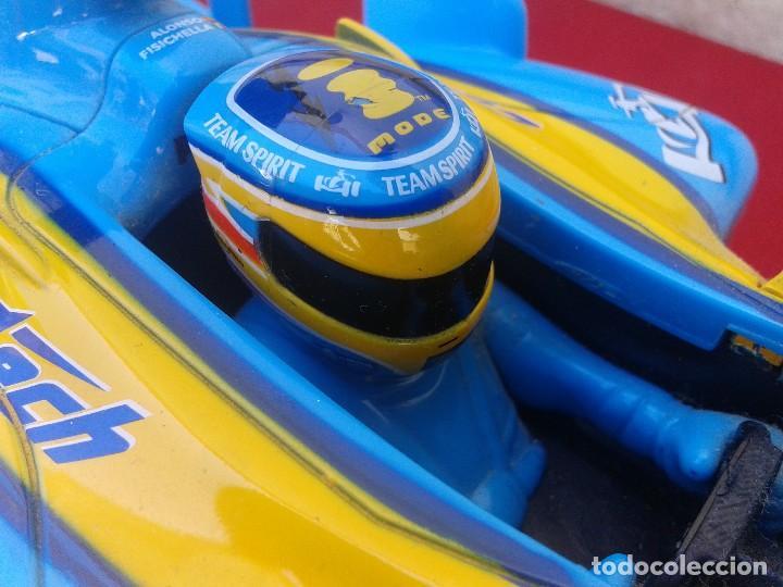 Radio Control: Renault F-1 de Majorette del 2006 - Foto 7 - 164814158