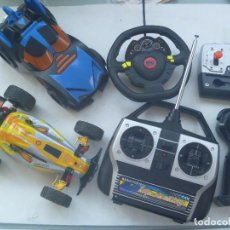 Radio Control: LOTE DE 2 COCHES ( UNO DE BATMAN DE LA DC COMIC ) TELEDIRIGIDOS Y 4 MANDOS, NO FUNCIONAN. Lote 170979925