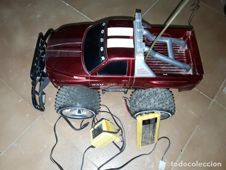 Radio Control: Coche Dodge nikko teledirigido ,funciona perfectamente, mide 39x22 x22 cms - Foto 2 - 183719556