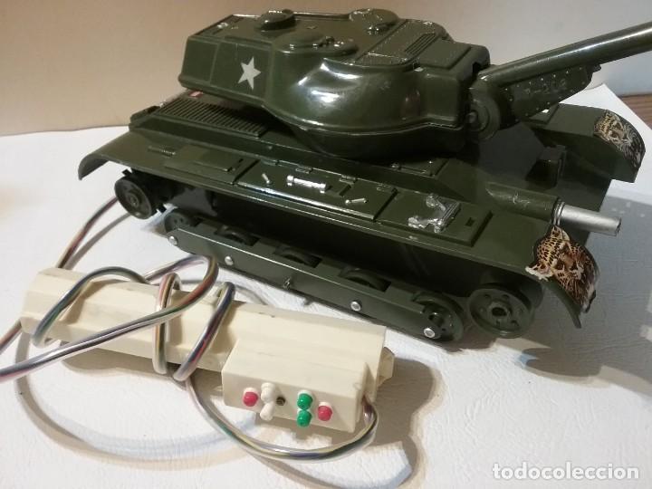 Radio Control: Precioso y antiguo carro de combate tanque de RC años 70 funcionando a la perfeccion. - Foto 6 - 204128433