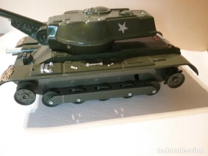 Radio Control: Precioso y antiguo carro de combate tanque de RC años 70 funcionando a la perfeccion. - Foto 8 - 204128433