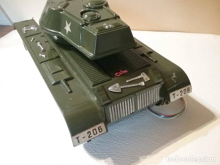 Radio Control: Precioso y antiguo carro de combate tanque de RC años 70 funcionando a la perfeccion. - Foto 9 - 204128433