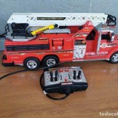 Radio Control: CAMIÓN DE BOMBEROS NEW BRIGHT 1999 4 PILAS. Lote 210736737