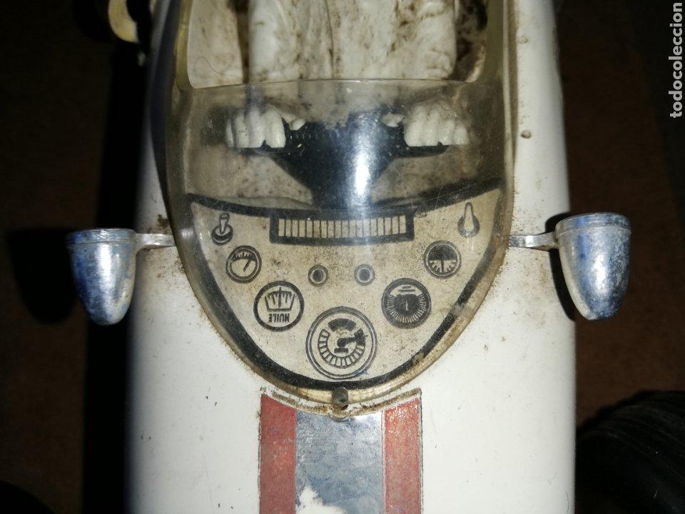 Radio Control: Antiguo Coche de Joustra..Francia.... Teledirigido .. . Falta el mando - Foto 3 - 229535800
