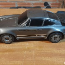Radio Control: PORSCHE 911 930 TURBO DE NIKKO ESCALA 1/20 AÑO 1986 MADE IN SINGAPORE. Lote 244575270