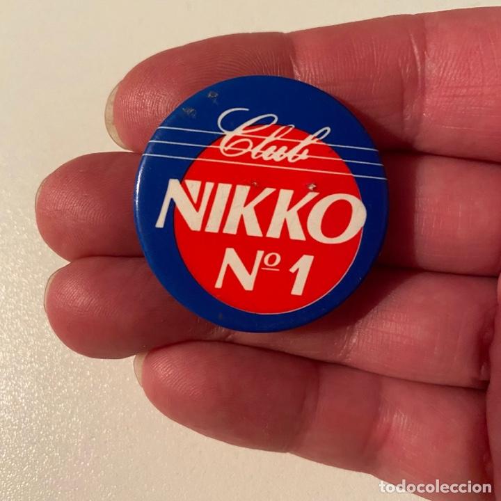 CHAPA CLUB NIKKO AUTO RADIO CONTROL AÑOS 80 (Juguetes - Modelismo y Radiocontrol - Radiocontrol - Coches y Motos)