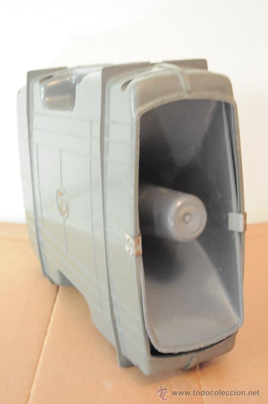MEGAFONO AMPLIFICADOR A PILAS CON MICROFONO (Radios, Gramófonos, Grabadoras y Otros - Amplificadores y Micrófonos de Válvulas)