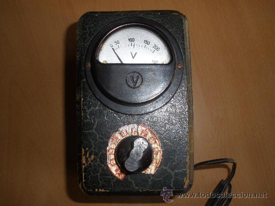ELEVADOR DE RADIOS DE VÁLVULA (Radios, Gramófonos, Grabadoras y Otros - Amplificadores y Micrófonos de Válvulas)