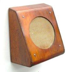 Radios antiguas: ANTIGUO ALTAVOZ DE MADERA, FUNCIONANDO. Lote 35007080