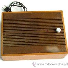 Radios antiguas: ANTIGUO ALTAVOZ DE MADERA, FUNCIONANDO. Lote 46729345