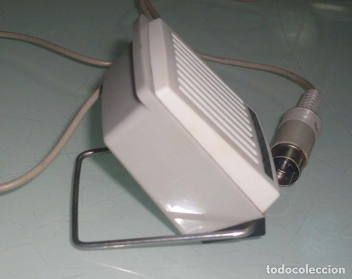 Radios antiguas: Antiguo Microfono de mesa. años 60-70 - Foto 2 - 73510231