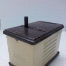 Radios antiguas: TRANSFORMADOR OMECA 125V PARA RADIOS A VÁLVULAS, FUNCIONA. Lote 101680211
